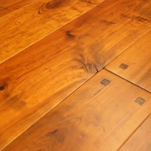old trail cherry hardwood floor with pegs and mocha accents